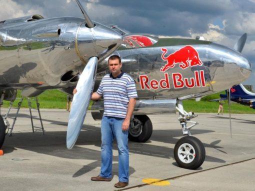 Tým Red Bull na Jihočeském letišti – 9. 5. 2013